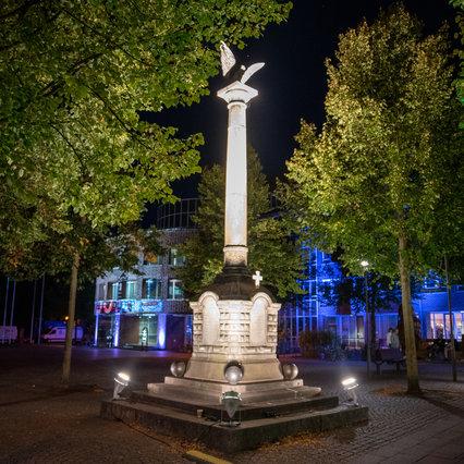 Uelzen: Denkmal eventbeleuchtet